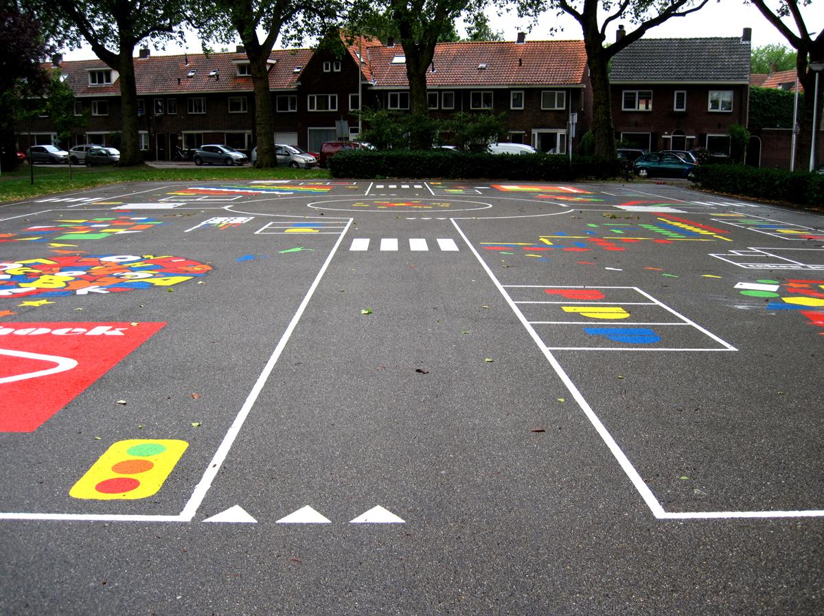 vloerschildering-speelplaats-stuivesantplein-tilburg-04
