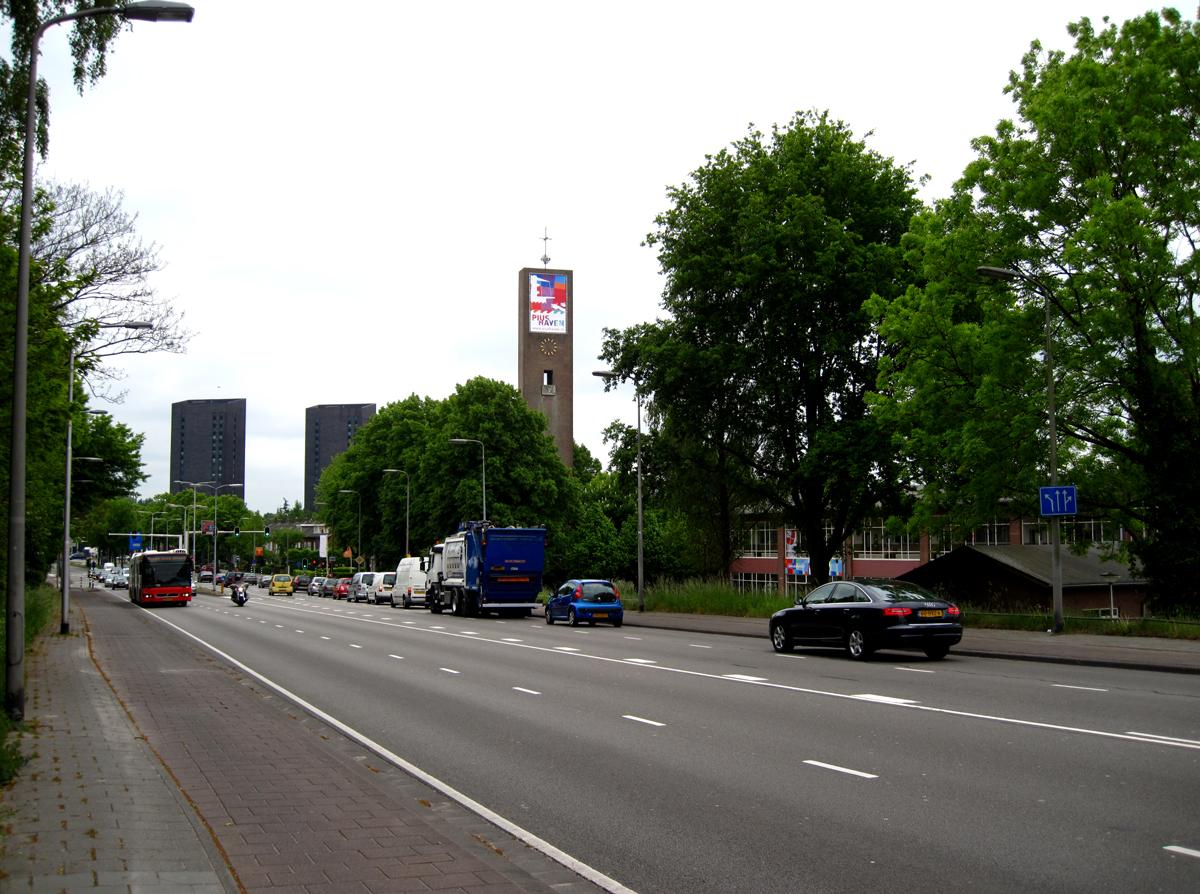 banner-kerktoren-piushaven-tilburg2
