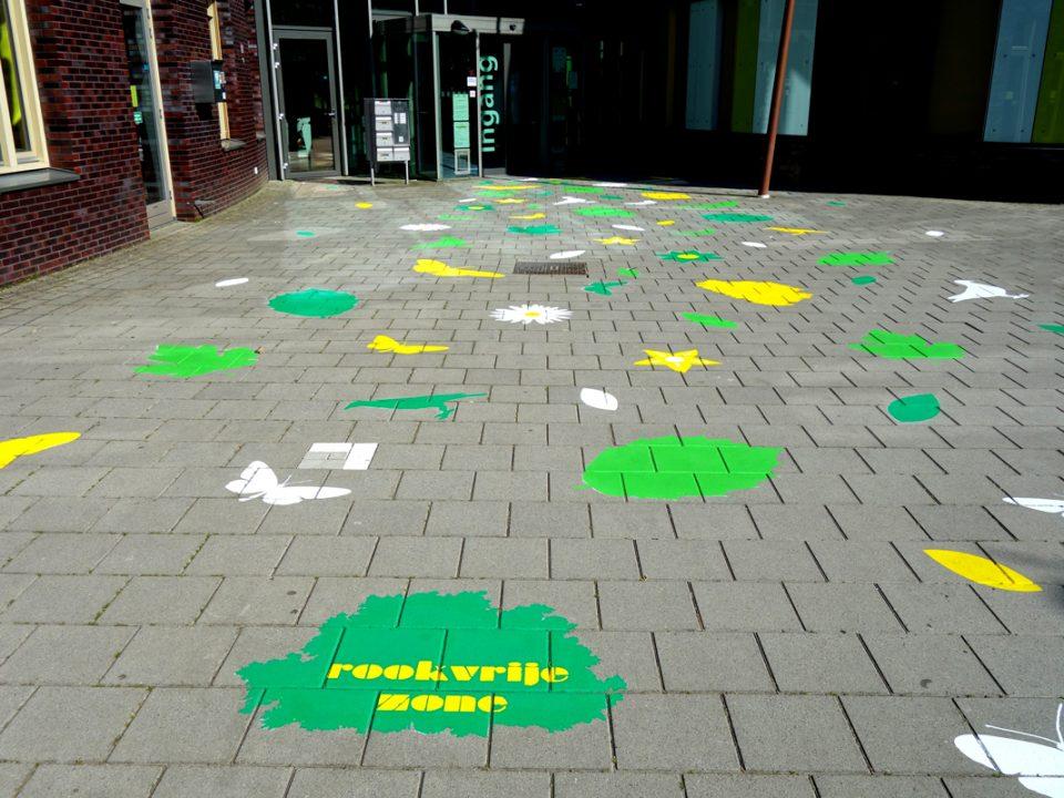 vloerschildering-rookvrije-zone-symfonie-tilburg-02