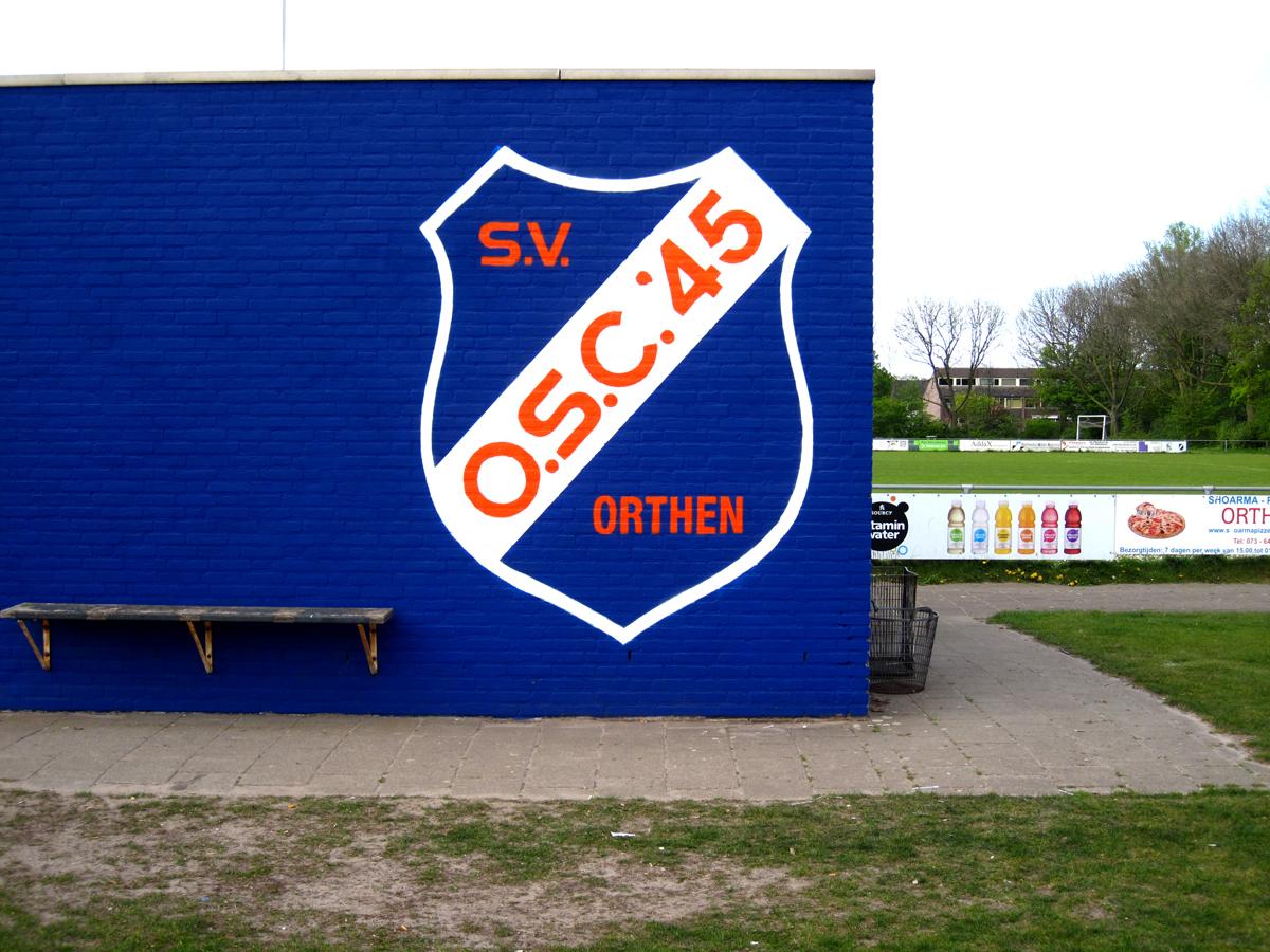 graffiti-schildering-voetbalclub01
